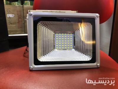 پرژکتور DC لامپ DC در گروه  صنعت برق صنعتی