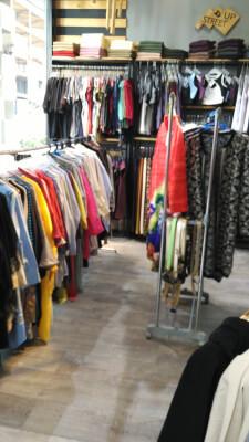 حراج بزرگ پوشاک زنانه در پردیس در گروه  لوازم پوشاک