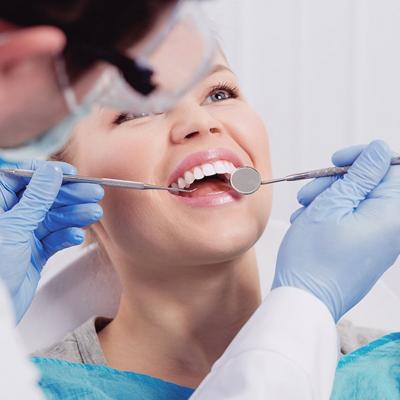 دکتر کیانوش غیور دندانپزشک در گروه  زیبایی و پزشکی دندانپزشکی